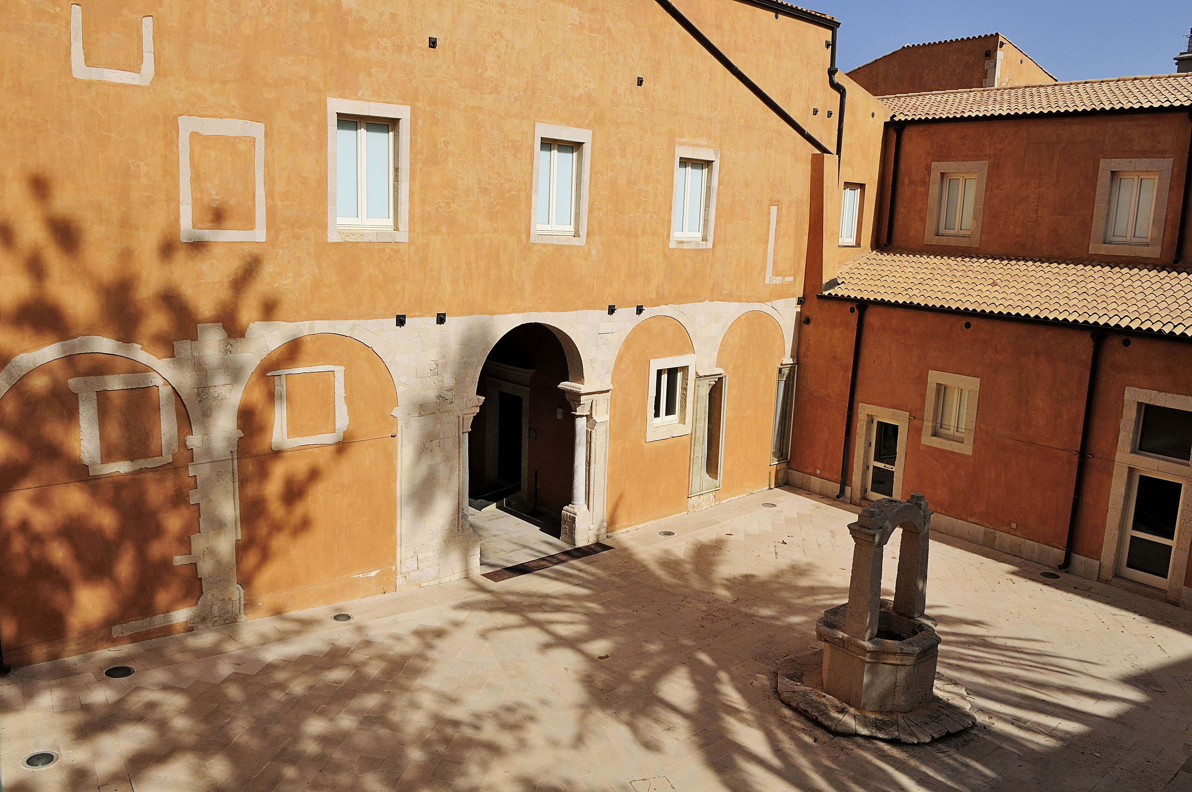 Museo del Papiro - Cortile Interno