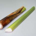 Per la formazione del foglio papiraceo ad uso scrittorio viene adoperata la porzione mediana del culmo raccolto nell'età ottimale di maturazione.